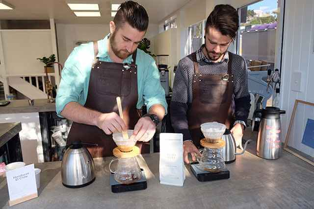 Our expert coffee scientists testing V60 vs. Pour Over method