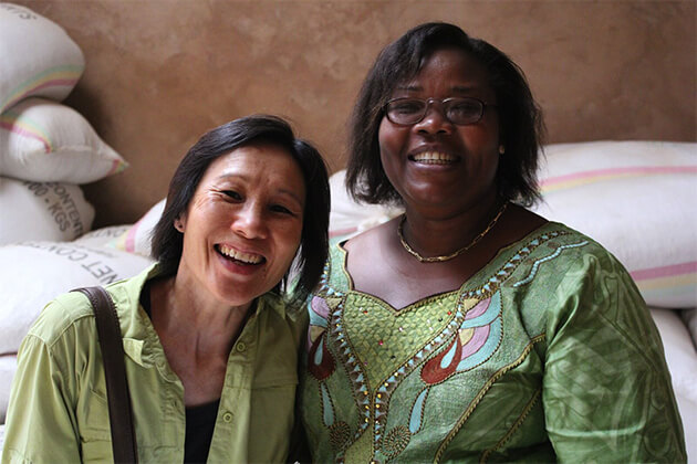 Sharon Jan with Rwandanese coffee farmer