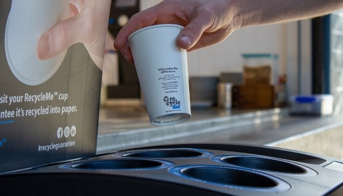 recylable paper coffee cup